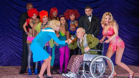 anthony daniels ii death anna nicole opera review hollywood reporter