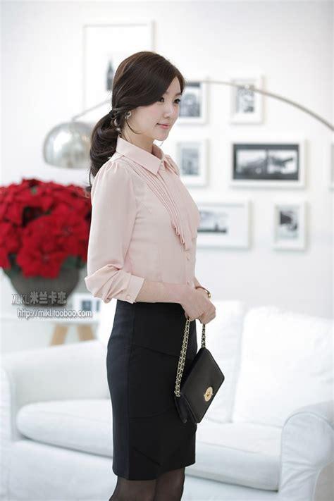 Baju Kerja Kemeja Blouse Wanita Korea Import Putih Biru White Pink kemeja kerja wanita import putih lengan pendek model terbaru newhairstylesformen2014