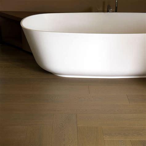 parquet in bagno si pu 242 posare il parquet in bagno scopri il legno pi 249