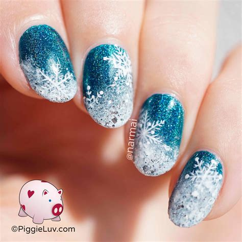 Snow Nail piggieluv flakage snow nail tutorial