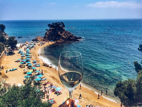Empty Room Pictures by 40 Pictures That Will Make You Want To Visit Costa Brava