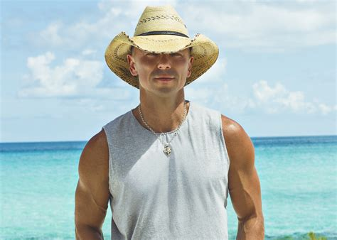 Kenny Chesney Isnt by Kenny Chesney Announces Big Gillette Stadium Show For 2017