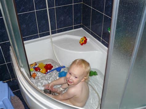 Corner Bathtub Shower Combo Small Bathroom by Corner Shower Tub Small Bathroom Combo Units Bed And