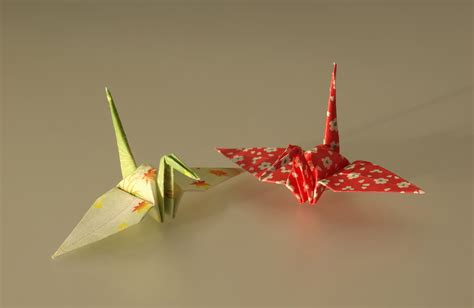 Ancient Japanese Origami - file origami cranes jpg wikimedia commons