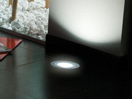 lombardo illuminazione segnapasso a led a pavimento stile next zero 120t by
