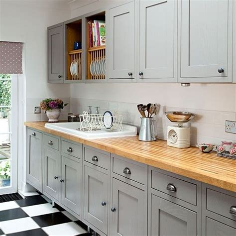 shaker kitchen ideas 25 best ideas about grey kitchen cupboards on