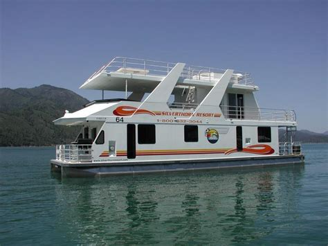 picture of boat house queen i houseboat
