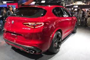 new alfa romeo stelvio suv: engines and trim levels