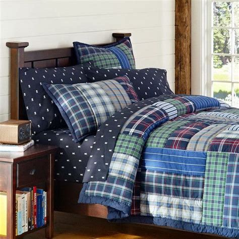 Boy Quilts Bedding by 1000 Ideas About Boy Bedding On Boy