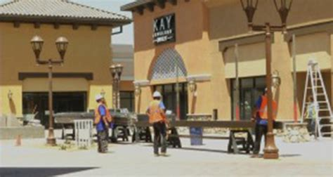 kern county outlets at tejon to open in august hometown