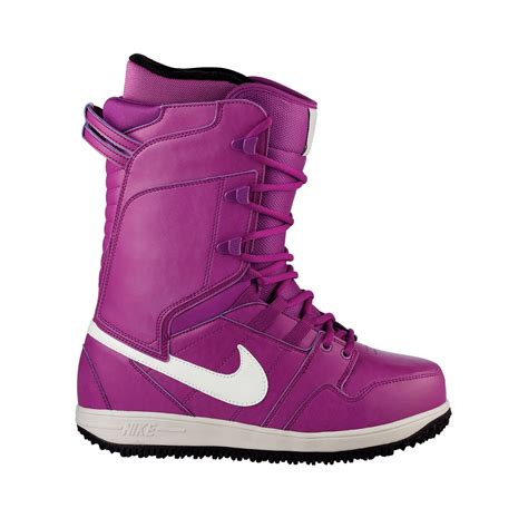 womans snowboarding boots nike snowboarding vapen snowboard boots s 2012