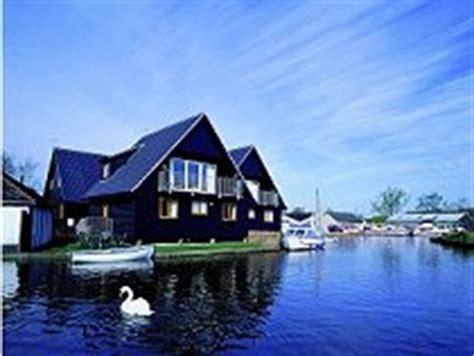Norfolk Broads Fishing Cottages by Fishing Holidays Uk Lakeside Fishing Lodges Fishing
