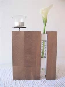 vase holz vasen vase aus holz mit reagenzglas und metall ein