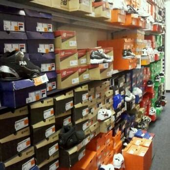 rack room shoes athens ga rack room shoes closed shoe stores 775 s grand central parkway downtown las vegas nv