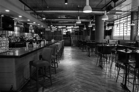 hi tops bar chicago hi tops bar chicago lincoln park 9 top highline bar lounge