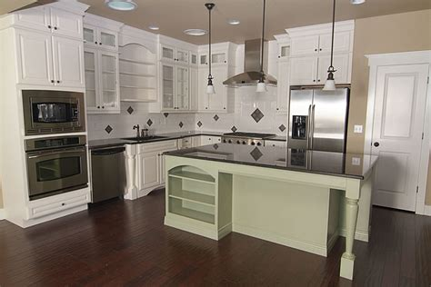 pics of kitchens with white cabinets pictures of off white kitchen cabinets off white kitchen