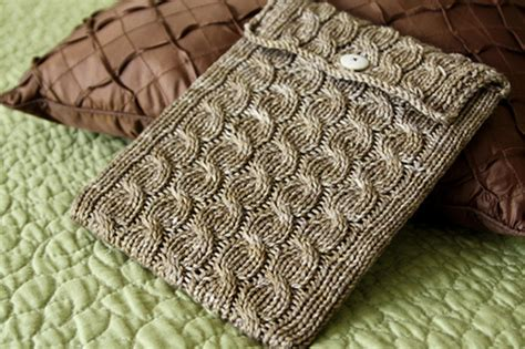 how to knit a laptop sleeve back to school knit or crochet a sleeve for your