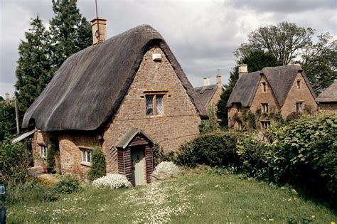english cottage 1000 images about homes for comfort and love on pinterest