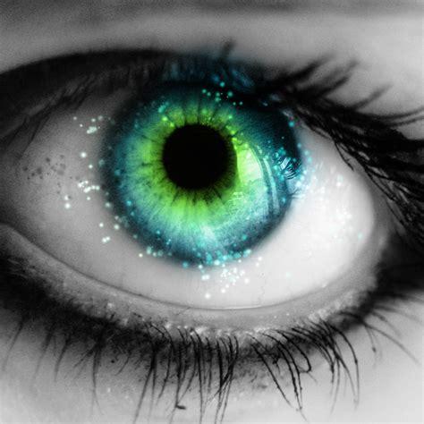 Eye Luvee Green june 2011 gaijin chameleon