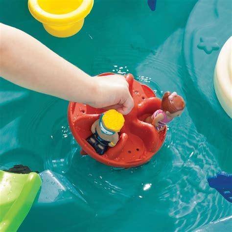 splish splash water table splish splash seas water table step2