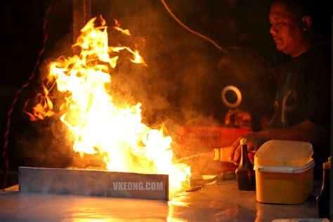 burger maut garlic oil flame grilled burgers  melaka