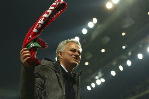 cara membuat id card man utd mourinho kemenangan di liga europa akan sempurna buat mu
