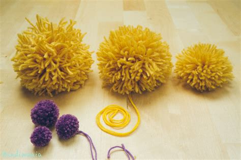 How to Make 2 Incredible Ways to Make Yarn Pom Poms   DIY & Crafts   Handimania