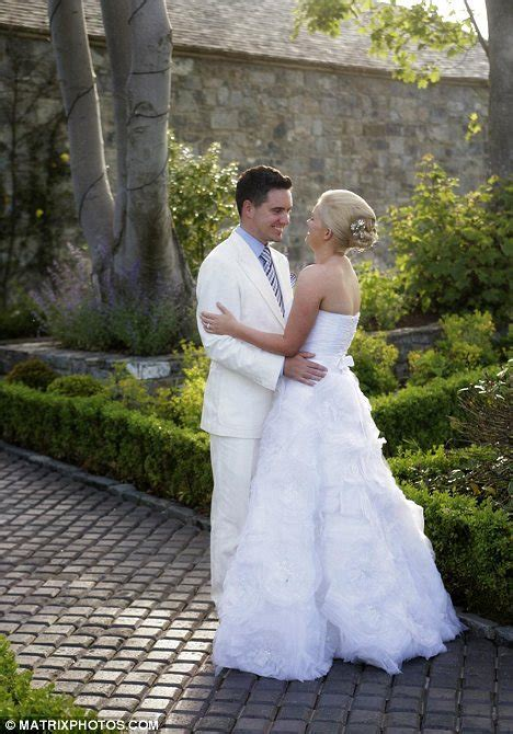 Best selling writer Cecelia Ahern reveals wedding photos
