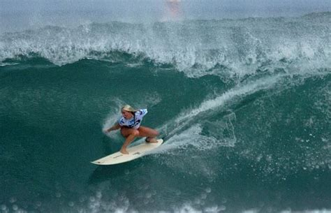 soul boat newcastle bethany hamilton the surfer who lost one arm in a shark