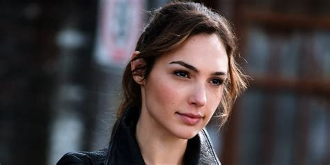 bio data gal gadot gal gadot israeli model actress wiki biography omg magazines