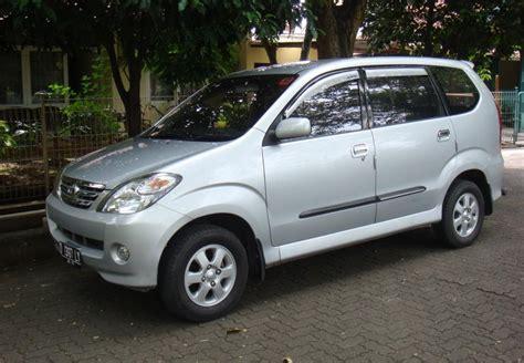 Lu Mobil Toyota Avanza harga toyota avanza bekas keluaran tahun 2004 sai 2012 mobilmo