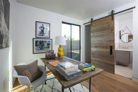 20 Home Offices With Sliding Barn Doors Office Barn Doors