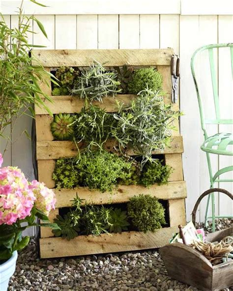 Vertical Garden Pallet Diy Vertical Garden With Pallet Pallet Furniture Plans