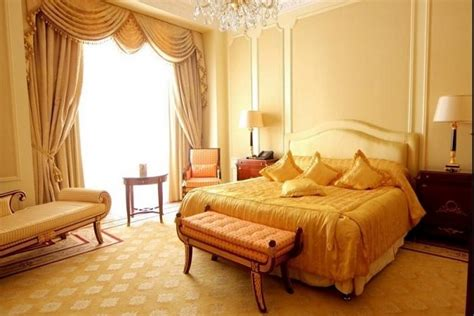 Beautiful Yellow Bedrooms by Yellow Bedroom Designs Ideas Decor Photos Homedecorbuzz