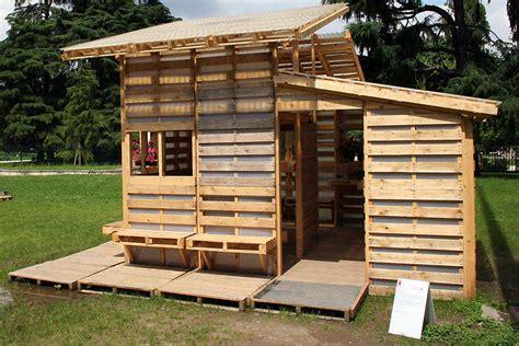 pallet house come costruire una casa ecologica spendendo