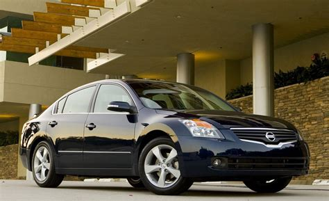 altima nissan 2008 car and driver