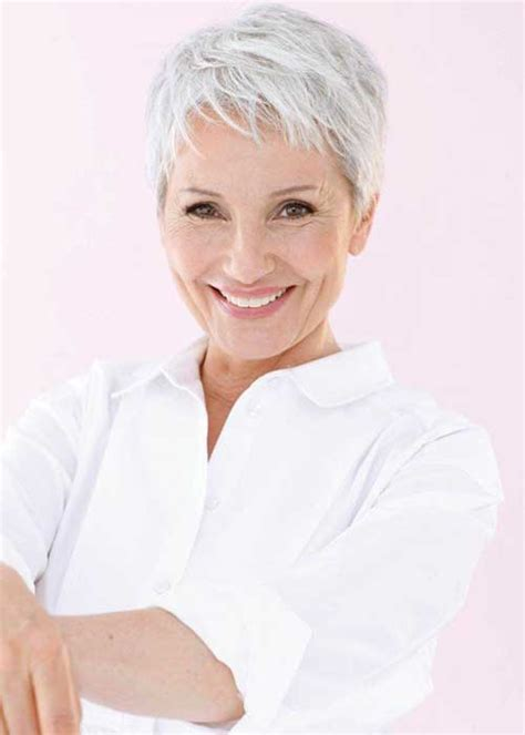 pixie hairstyles for 30 year older women 30 cool pixie haircut for older ladies pixie cut 2015