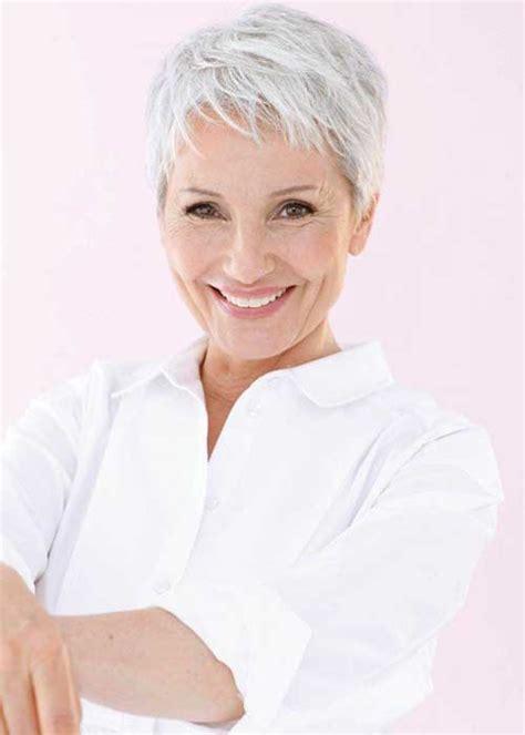 haircuts for white hair 30 cool pixie haircut for older ladies pixie cut 2015