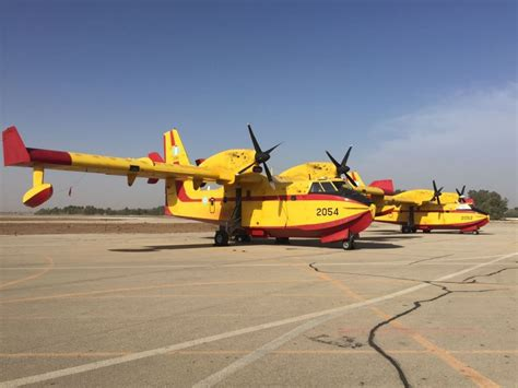 plane fighting firefighting planes arrive as turkey russia promise more