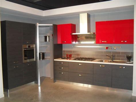 cucine con angolo dispensa cucine con dispensa ad angolo idee di design per la casa