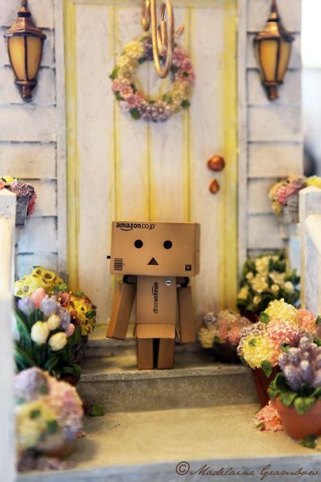 Danbo Papercraft Edisi Wedding look at my home