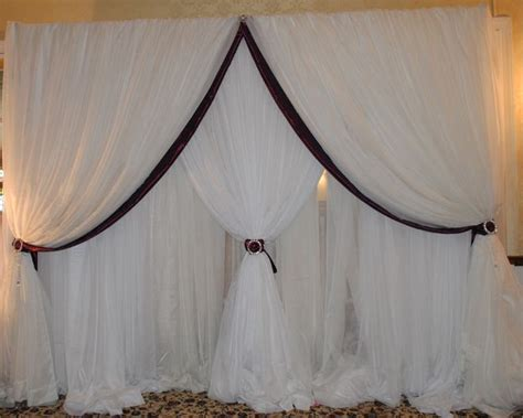 backdrop draping ideas 25 best wedding backdrop ideas images on pinterest