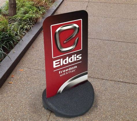 pavement swing signs pavement signs outdoor advertising boards swing signs