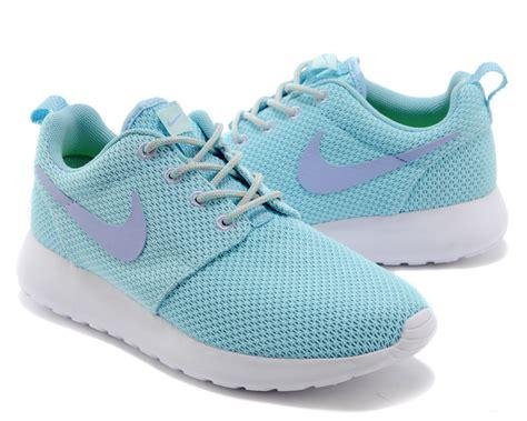 womens nike roshe run shoes light blue