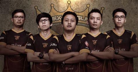 Jersey Rex Regum Qeon 2017 rex regum qeon memperkenalkan roster mobile legends dan