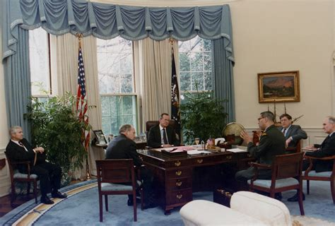 president oval office what desk will president use in the oval office tigerdroppings