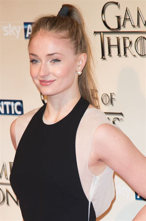 game of thrones armpit shaving sophie turner actress photo 480 of 839 pics wallpaper