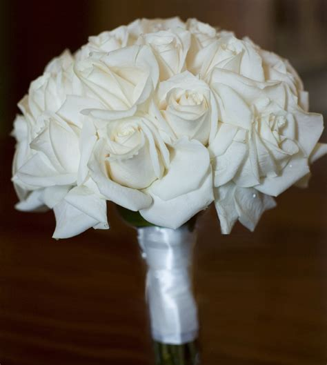 Bridesmaid Bouquets Roses by White Braidesmaid Bouquet Braidesmaid Bouquets