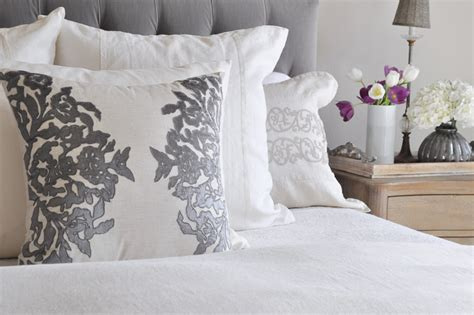 end of bed coverlet end of bed coverlet 28 images house full of flowers