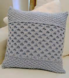 Knitted Cushions Free Patterns Diy Knitting Pattern Twisted Cable Chunky Knit Basket